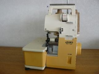 名機  JUKI ロックミシン  MO102   2本取り