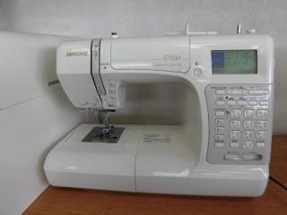 上級機種 縫い目がきれいな ジャノメコンピューターミシン S7800