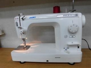 侍ミシン工房 JUKI 1本針本縫い職業用ミシン SPUR 25SX 糸切り