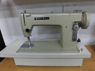 侍ミシン工房  brother 1本針本縫い職業用ミシン TA2-B622