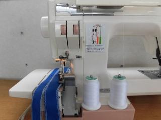 侍ミシン工房 ロック付き 1台2役の ジャノメ COMBI 2300SX