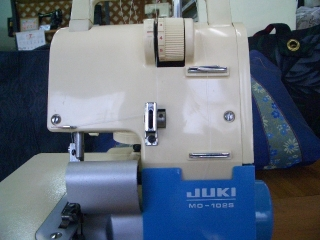 名機  JUKI ロックミシン  MO102S   2本取り